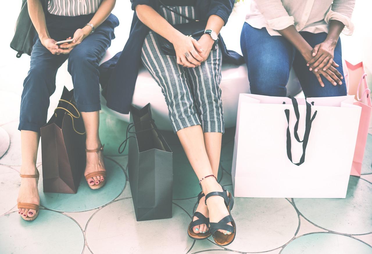 acheter moins de vêtements est une façon de consommer la mode éthique