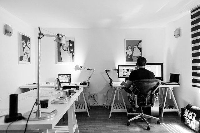L'entrepreneuriat et pouvoir travailler chez soi