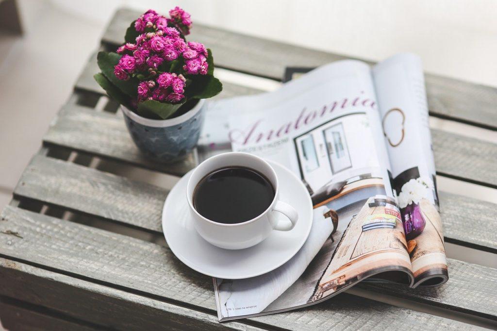 Prendre le temps de boire tranquillement, lire son magazine préféré ou se reposer chez soi